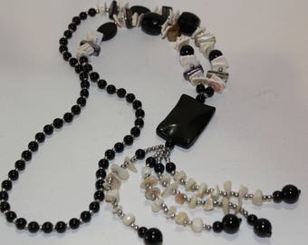 Black And White Pearl Necklace/Black Stone Necklace/Mother Of Pearl Chip Necklace/Puka Shell/Mop Beaded Necklace/Women Tassel Necklace Long