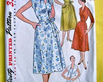 Sale:) WRAP-AROUND Dress for Ladies' *  UNCUT * 1950's Simplicity  Pattern 4381  * Bust 33