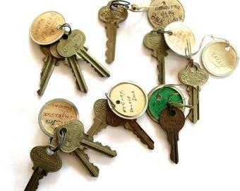 12 vintage keys Antique keys Old keys Writing Numbers Words Letters House keys Flat Rustic Bulk Interesting old keys Metal keys A1 #15