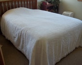 Double Full-Size Chenille White Bedspread