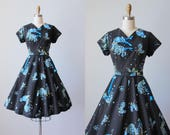 Vintage 1950s Dress - 50s Novelty Print Dress - Black w Blue Floral Roosters Cotton Day Dress L - Mode o' Day Dress