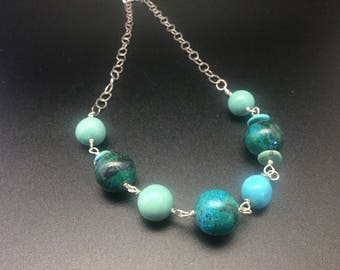 Silver chain with Turquoise and Malachite beads.