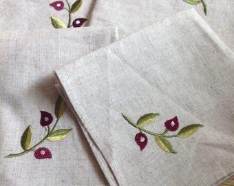 Vintage Embroidered Table Napkins, Set of four Floral Sprig Embroidered Napkins