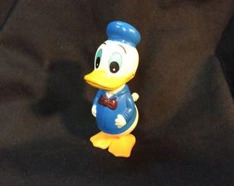 TOMY White Knob Wind Up Donald Duck WDP - 1977