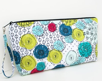 Large Zipper Pouch or Knitting Project Bag, Handmaker Floral, Padded Wedge Bag