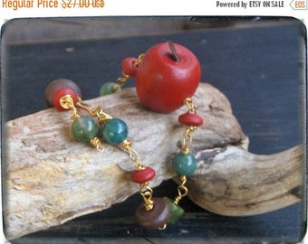 SALE The Poisoned Apple. Snow White's Demise. Wood & gemstone bracelet