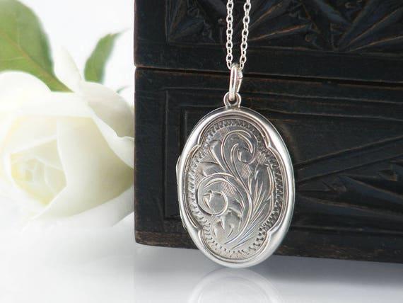 Vintage Sterling Silver Locket Necklace | Engraved Small Oval Locket | 1970s Silver Locket | Quatrefoil Design - 18 Inch Sterling Chain