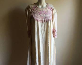 SUMMER SALE Rare 70s Indian Vintage Cream Silk Dress