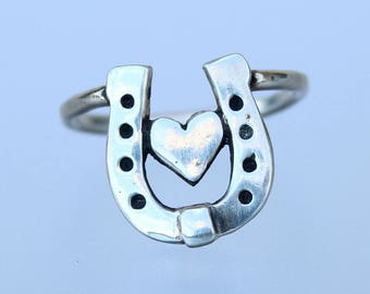 Horseshoe and Heart Ring - Horse lover jewelry - Horse Shoe Ring - Heart Ring - Horse - Silver ring - equestrian - horseback - riding