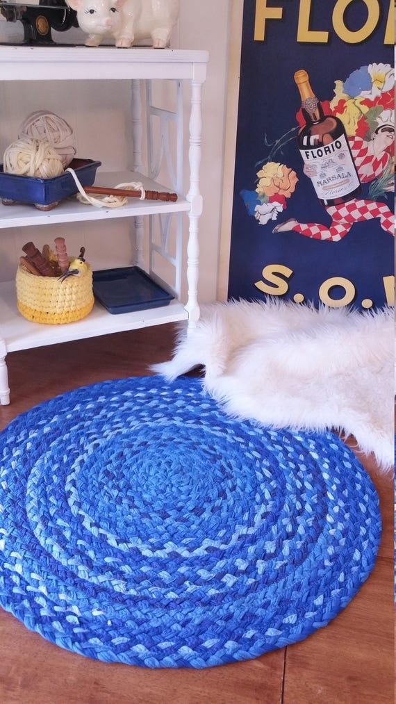 "26"" royal blue braided rug made from cotton shabby chic style"