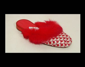 New lipstick red & white satin slippers shoes ~ 6 medium wide ~ fluffy rabbit fur trim ~ Italian lasts ~ silky ~ quilted fabric fan pattern