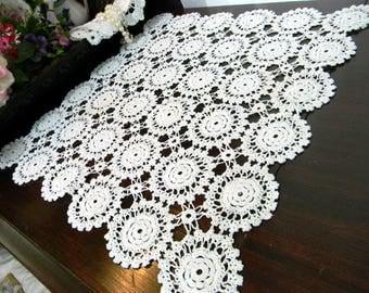 Crochet Doily, Crocheted Placemat, White Table Linens, Vintage Handmade,  Hand Crocheted - 8263