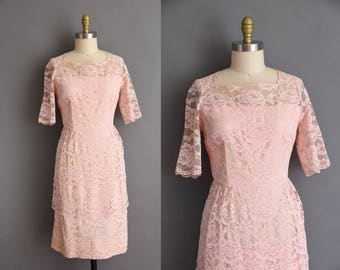 vintage 1950s dress. 50s pink lace vintage cocktail party dress