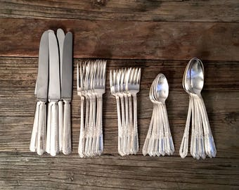 Wm. Rogers Silver Flatware place setting for 6 / 5 piece place setting for 6