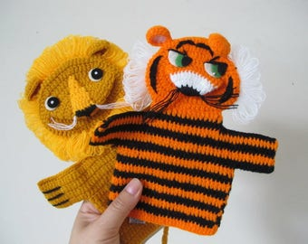 Vintage Lion and Tiger Knit Jungle Animals Theater Hand Puppets