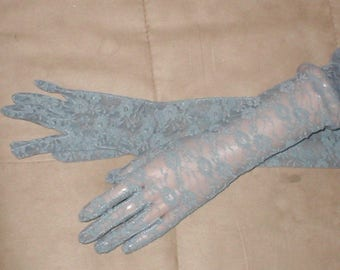 Opera-length Long Gray Lace Gloves