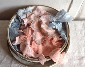 Vintage Lace Appliqués Job Lot 100pc Pink & Blue Laces  and Round Box Vintage Wedding Something Old, Something Blue