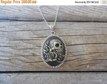 ON SALE Day of the dead sugar skull cameo necklace handmade in sterling silver