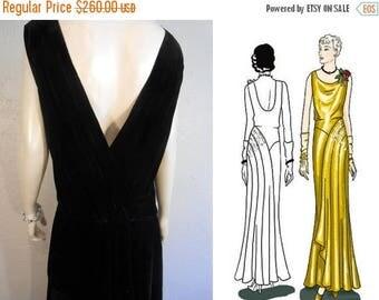 BI-ANNUAL SALE We Just Couldn't Say Goodbye - Vintage 1930s Black Silk Velvet Evening Gown Dress w/Plunge Back - 8/10