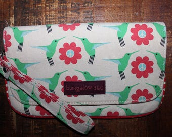 Vintage Bungalow 360 Wristlet Wallet Flowers & Hummingbirds