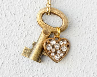 Valentines day gift, Key to heart necklace,, vintage key necklace, skeleton key jewelry, girlfriend gift, unique jewelry gift