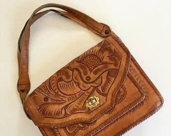 20% off SALE vintage 1970s tooled leather handbag -  FLOR mexican leather purse