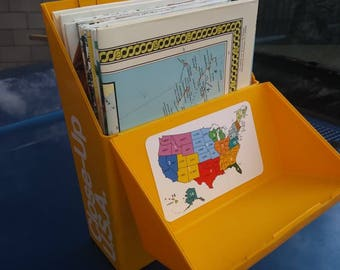Vintage National Geographic Box Of Maps and Book Close Up USA Set 1980s