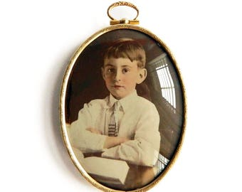 """Antique Etched Gold Filled Floral Oval Picture Frame - Young Boy Color Photograph Portrait - Bubble Convex Glass - Wall Hanging  5"""" x 3 1/4"""""""