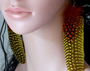 Earrings feather earrings, yellow and Orange mottled.