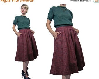Summer Sale Ladies Vintage 1970s Evan-Picone Wool Blend Plaid Skirt