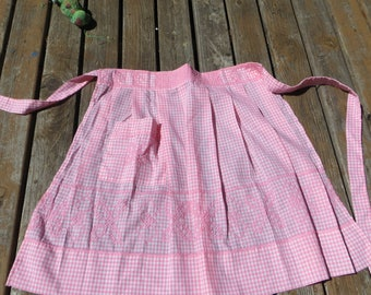 Pink and White Gingham Half Apron Vintage Gingham Hand Stitched Apron with Pocket Half Apron Vintage Pastel Pink and White Checked Apron