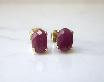 Estate 14k Solid Yellow Gold Oval Ruby Stud Earrings Pierced