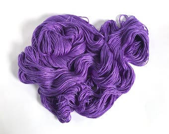 Silk / Bamboo Worsted. Ultra Violet