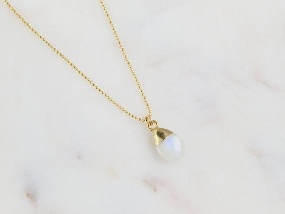 Dainty Moonstone Necklace | Moonstone pendant | Birthstone Necklace | Birthday Gift | Everyday Necklace | Gemstone Necklace | Gift for her