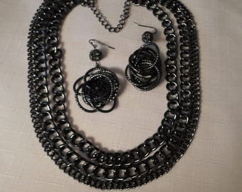 STEAMPUNK Necklace & Earrings / Chains / Chainmail / Gunmetal / Goth / Brutalist / Tudor / Modernist / Art Moderne / Chic / Mod / Accessory