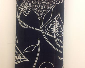"""Black and White Quilted Snap Eyeglasses Case Handmade 3-1/4"""" x 6-1/2"""""""