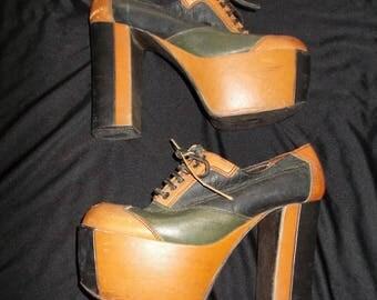 Amazing DISCO Leather Vintage 1970's Women's PLATFORM Shoes Plats