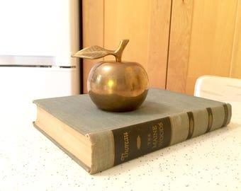 Vintage Brass Apple Bell  / Vintage Home Decor