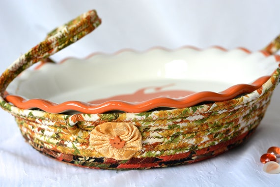Thanksgiving Cookie Caddy, Pie Plate Basket, Pie Cozy, Handmade Pie Carrier, Modern Bread Basket, Holiday Party Decoration