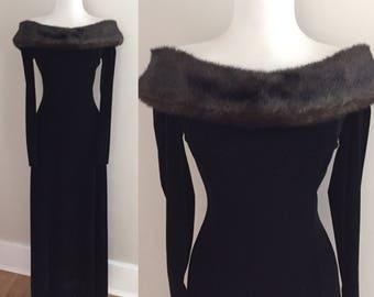 Vintage 90s Black Velvet Cocktail Dress / 1990s Formal Maxi Dress / Off The Shoulder / 40s style 90s Dress / 90s Wedding Dress / Body Con  S