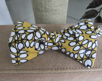 Yellow and Black Bow Tie