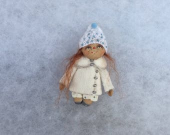 Primitive doll brooch,textile doll,miniature doll brooch,primitive doll,art doll brooch