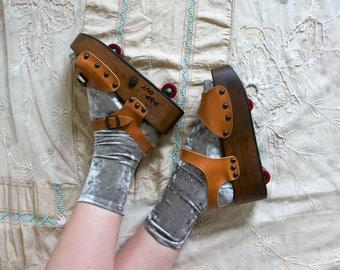 Vintage 1970's Pop Out Roller Skate Sandals, Wooden Platform Shoes, Roller Skates, Retro Seventies 70's Women's