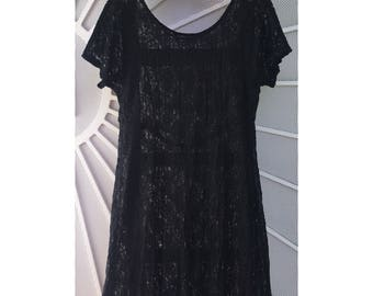 Women's vintage 90's black sheer floral lace short sleeve shift dress by All That Jazz size M/L