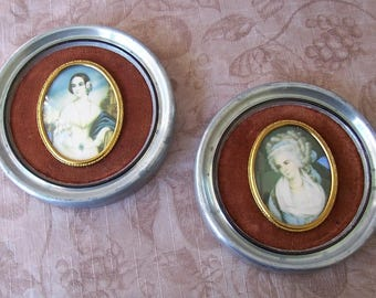 Vintage pair of Cameo Creations portraits in frames.  C1-788-5.