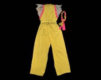 RARE!!! 1940s Jumpsuit / 40s YELLOW Rayon Pant Jumpsuit! / Color Block / Matching Hat!