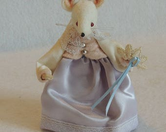 Vintage Handmade Kittybits Felt Mouse.. LADY SERENA STILTON.. Named For British Cheese.. England