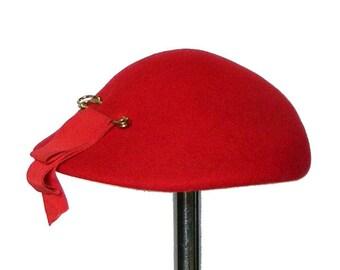 Vintage 1950's Red Beret Hat