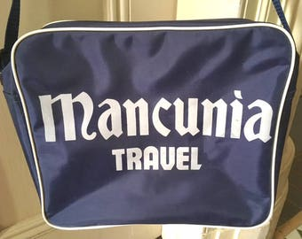 Vintage 80s Mancunia Travel Navy and White Flight Bag