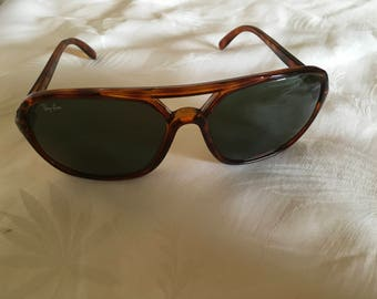 Ladies Vintage Ray Ban Sunglasses Bausch and Lomb Lenses Italian Frame